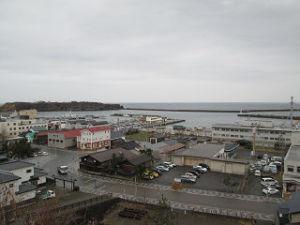 江差の港を望む