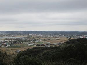 太東崎灯台から夷隅川河口方面