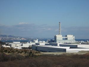みはらしの丘から工場群