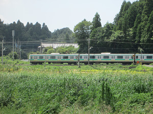 愛宿踏切の成田線