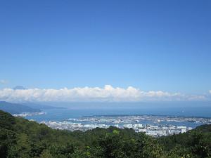 展望台から清水港方面