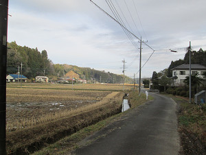 武峯神社に向かう道