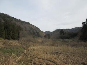 送信所への山道