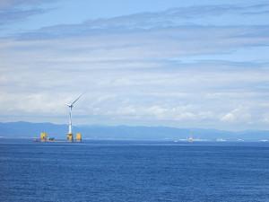 福島沖の海上風車