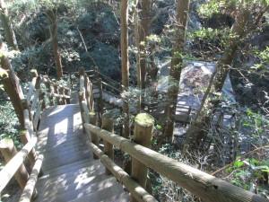黒滝への下り道