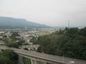 高架橋の上から