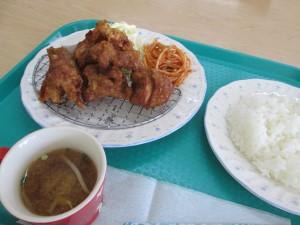 地鶏の唐揚げ定食