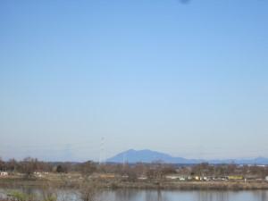 利根川から筑波山